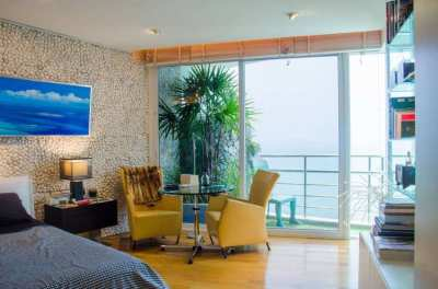 Pratumnak 235 Sqm Luxe Beachfront Penthouse Sale