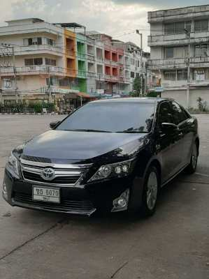 Sell own Toyota Camry Hybrid DVD 2013 year Sell from the owner