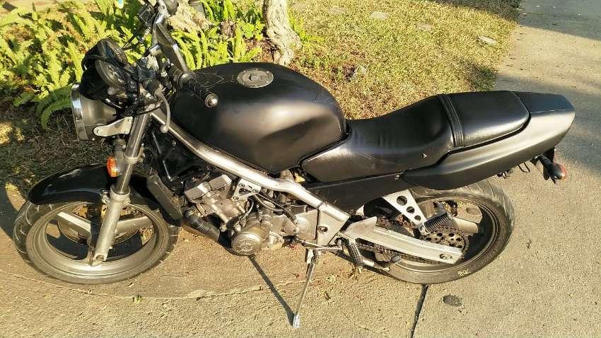Honda CB1 BARGAIN ***75.000***