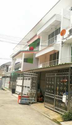 3-story townhouse for sale, Kaew Villa 20 sq.wa., Charansanitwong Road Bangkok Noi