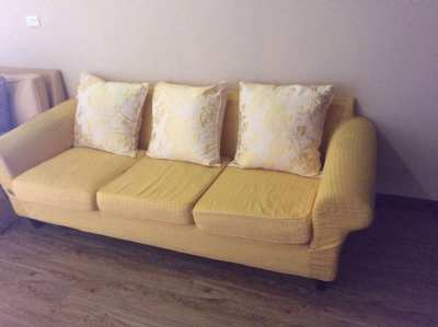Low cost sofa