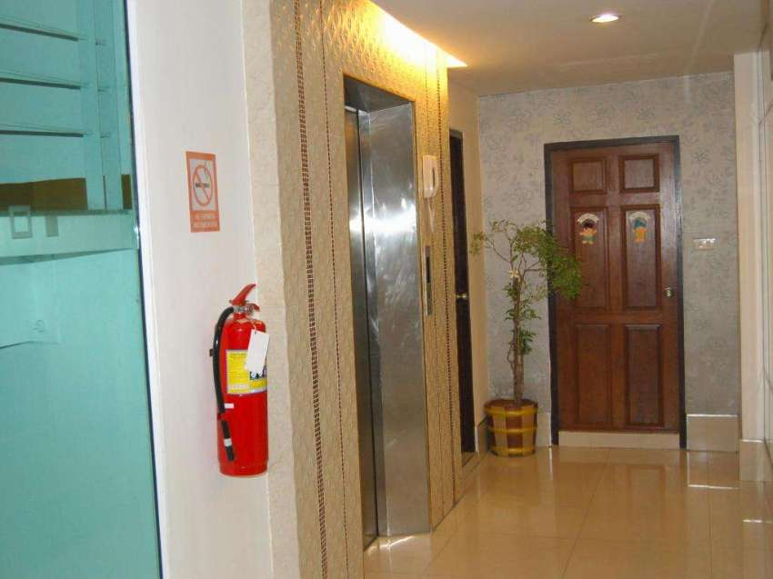 30 Rooms Hotel Take over Now 3 MONTHS RENTAL FREE