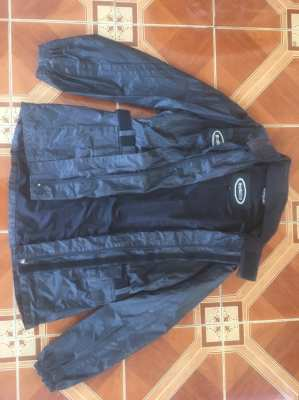 Jacket Motoline Waterproof LG with cloth lining.