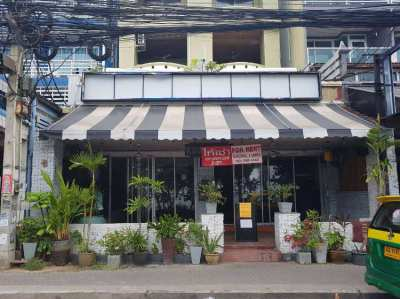 shop, 3 MONTHS FREE RENT, all licences&fully decorated,  JOMTIEN BEACH