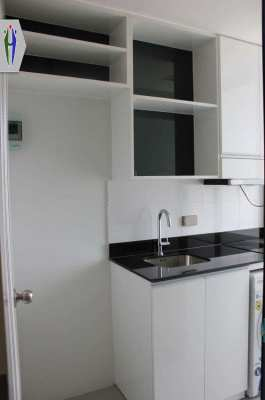 Condo for Rent at 2 Bedrooms Central Pattaya with Washig Machine