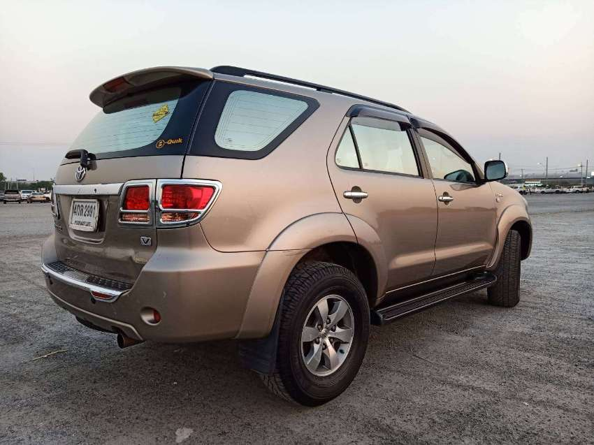 Toyota Fortuner 2.7 vvti 4wd Top model