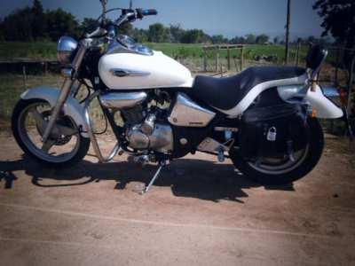 Classic , nice Honda Phantom Chopper, pearlwhite colour  ,for sale