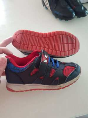 Rarely used Spiderman shoes for kids size EUR31