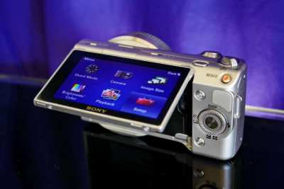 SONY Alpha NEX-5 Mirrorless Digital Camera Silver Body