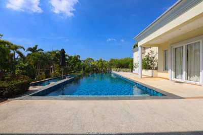 Pool Villa with a generous land plot and a nice view