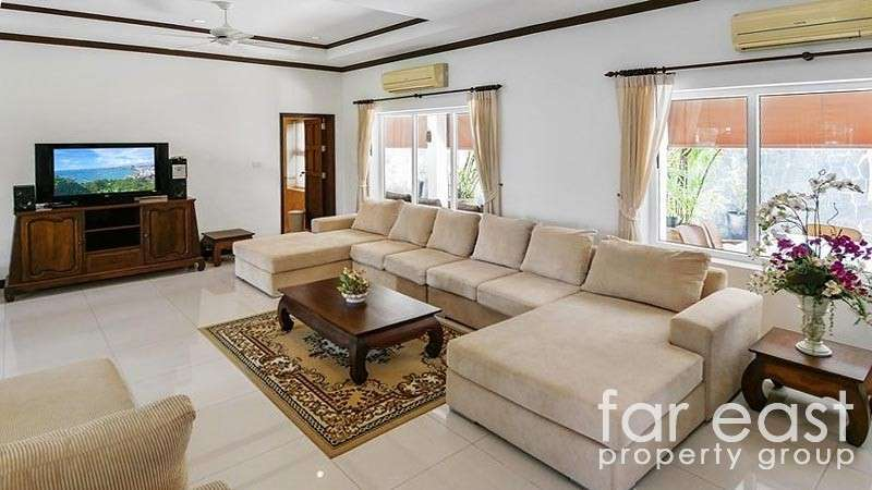 6 Bedroom Family Home On Over 1 Rai Of Land