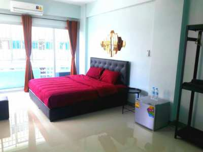 Guest house business for sale 200 metres from hua lampong train statio