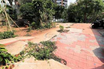 Just Reduced! Land for sale in Pratumnak.