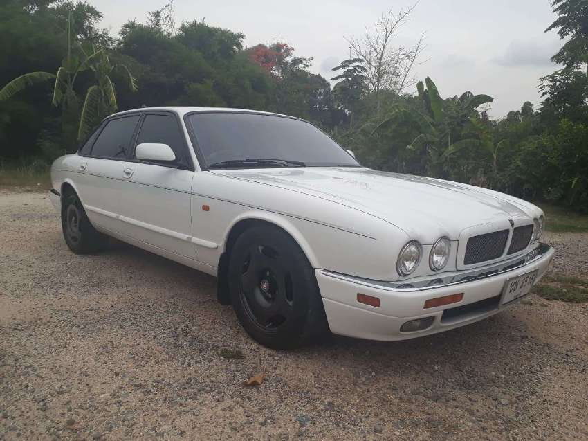 Jaguar XJR6 Supercharged 4.0L