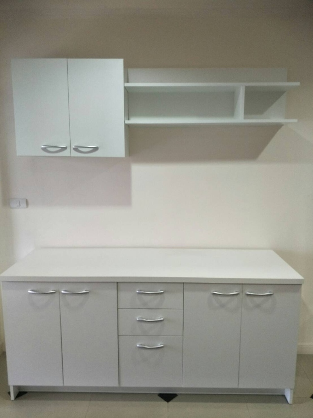 Kitchen Set/White modern as new! Only 6 month old, 12,000฿