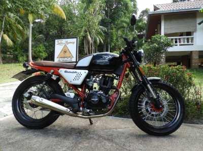 Hanway Black Café 150 cc motorcycle for sale under 400 KM