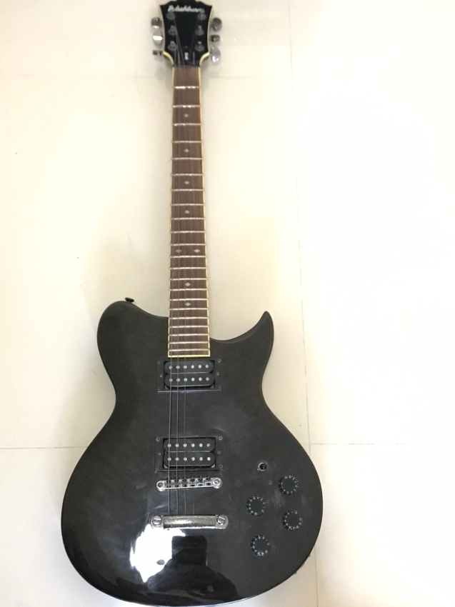 Washburn WI18 L electric guitar, secondhand, with free ...