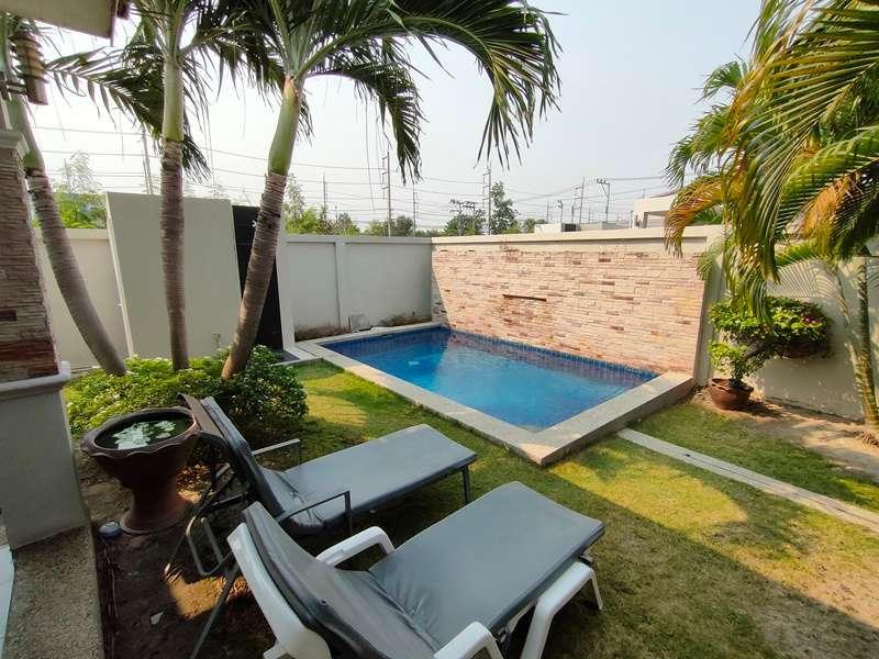 Bargain Priced Fully Furnished 3 BR 3 Bath Pool Villa Near City Center