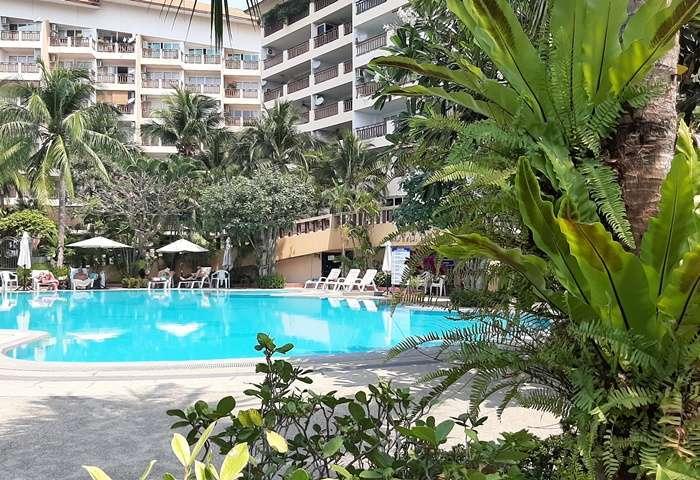 CR1827 Royal Hill Resort For Rent 2 bedroom