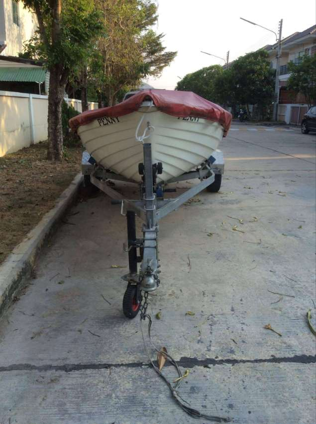 SAIL BOAT WITH GALVANISED ROAD TRAILER PART EXCHANGE FOR ROYAL ENFIELD