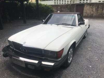 Beautiful Mercedes Benz 380SL classic 1981 for sae