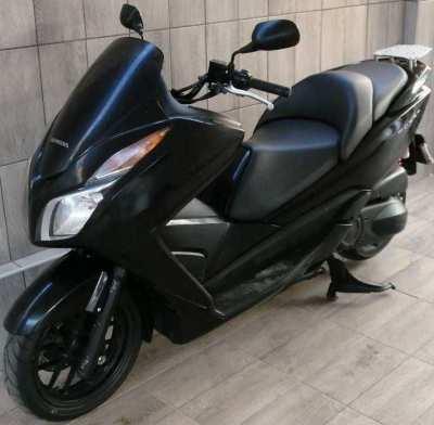 08/2013 Honda Forza 300 74.900 ฿ Finance by shop