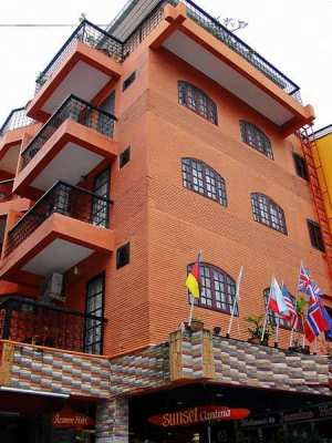 Hotel for sale : 70 meters from Central Walking Street – Pattaya