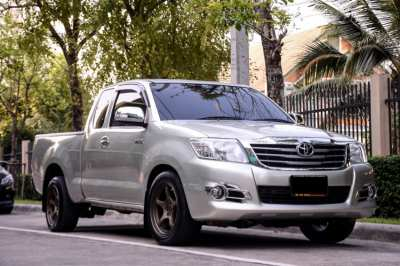 Free down payment for Toyota Vigo 2.7J, opening for year 14