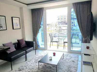 Grand Avenue Pattaya (A) for rent 13,000 Baht per month