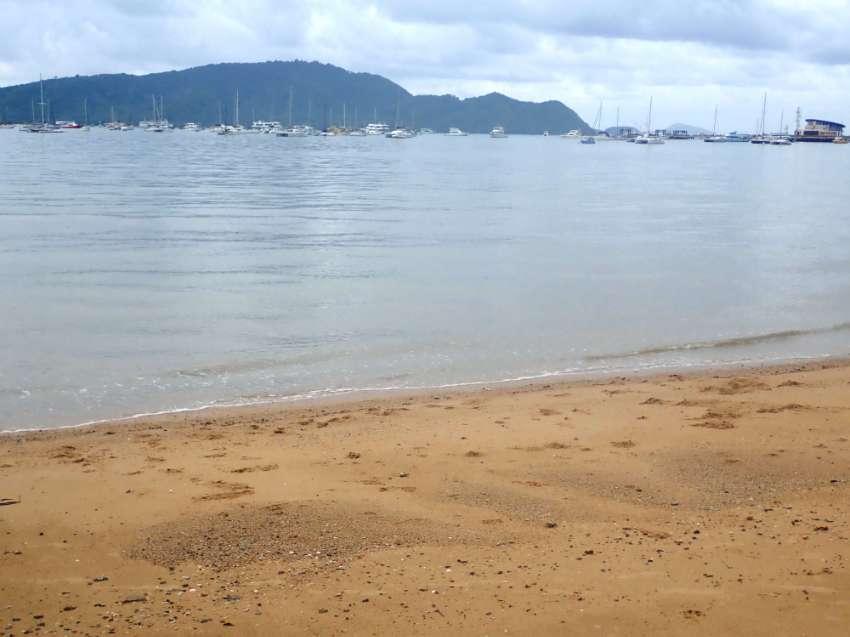 BeachFront Pool Villa Ao Chalong with Panoramic Views over Bay, Boats