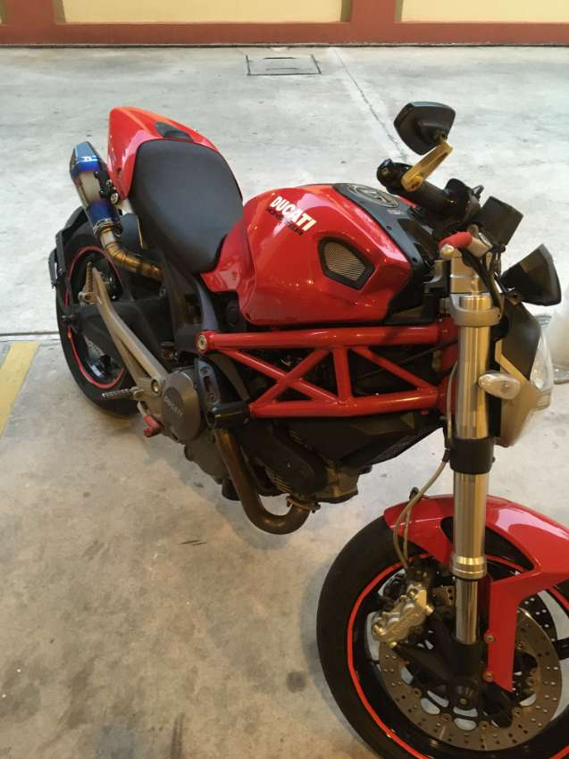 Ducati Monster 795 decked out, low KM, boss!