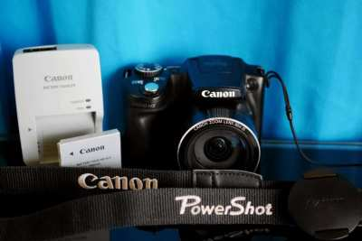 Canon SX510 Wi-Fi Camera (24-720mm Lens) 30X Zoom