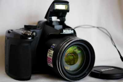 Nikon P520 GPS Wide 42X Zoom ED VR 18.1MP Camera Black