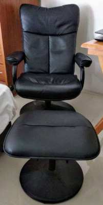 Office armchair leatherette Pattaya 1,200 baht only