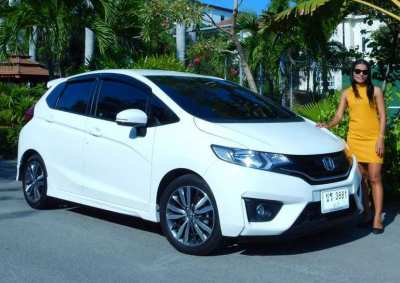 Honda Jazz 2015 1.5 SV AT, i-VTEC, Top of the Line Model