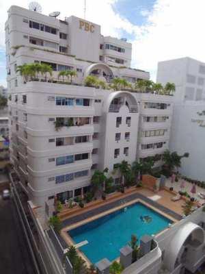 Pattaya Beach, One Bedroom Corner Unit