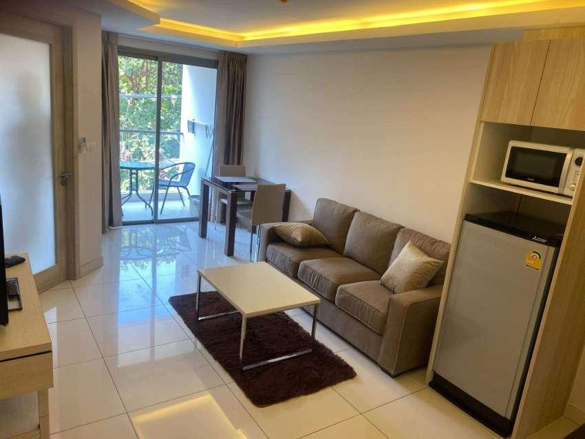 CHEAP! Laguna Bay 2, Pratumnak Soi 6 - 1 bedroom condo for sale