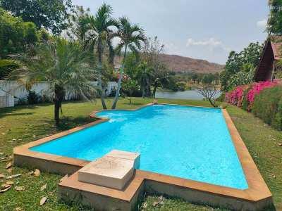 Reduced Priced Palm Hills Golf Lakefront 4 BR 3 Bath Pool Villa