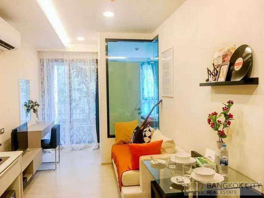 VTARA Ultra Luxury Condo Fully Furnished 1 Bedroom Unit for Sale - Hot
