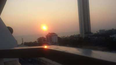 1 sleeping ,1 livingroom ,53m2 sea view new decorated