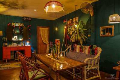 Restaurant and house for sell
