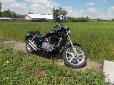 1988 Honda Magna 750CC - Excellent Condition