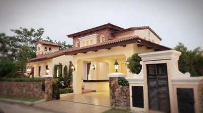 Single house in Nusa Chivani Village, Nusa chvani 110 Sq., 3 bedrooms, 4 bathrooms