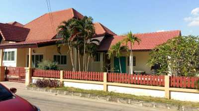 single storey house, 3 bed rooms, plus maid house 1 bed room