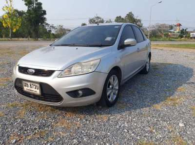 2010 FORD Focus 1.8 automatic ( low km )