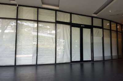 243 SQM GROUND FLOOR RETAIL SPACE FOR RENT ASOKE