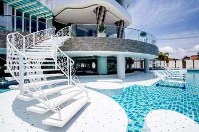Na Jomtien Beachfront - 2 Bedroom For Sale With Tenant