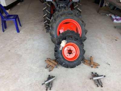 Kobota B2440 or B2240 dual wheels as new