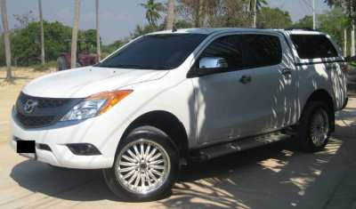 Mazda BT 50 pro Hi-Racer with airconditioned Carryboy canopy