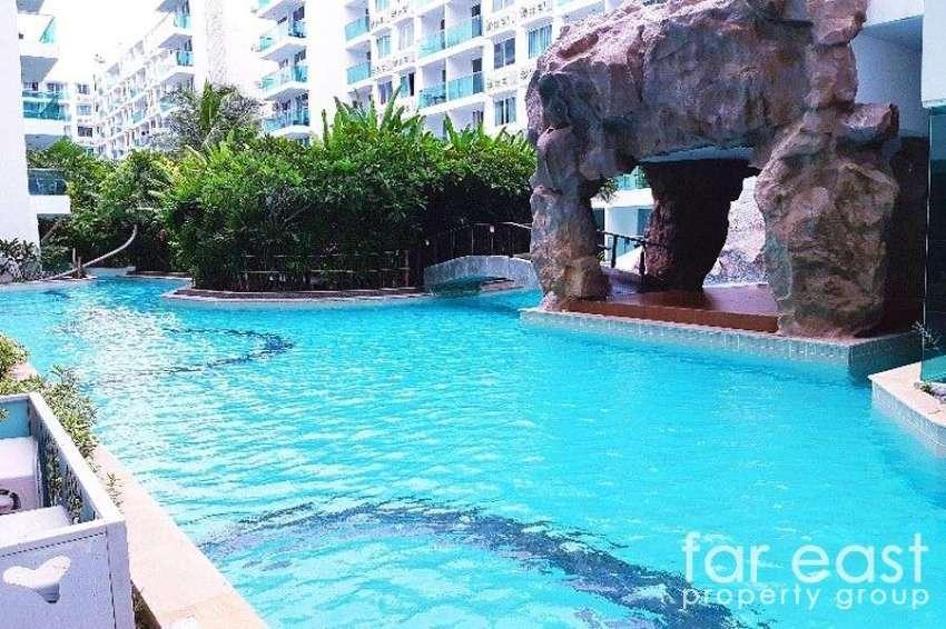 Amazon Residence Pool Access Rental